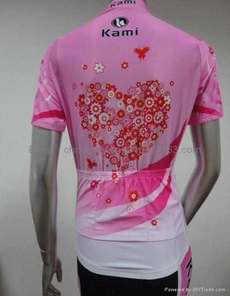 female cycling apparel 3