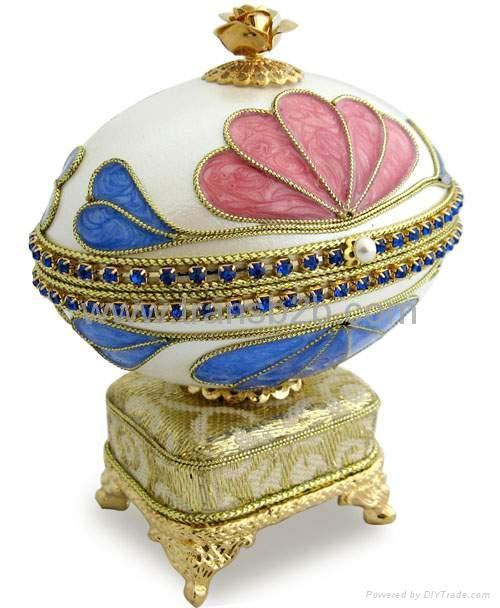 Eggshell Carving Musicial Jewelry Box