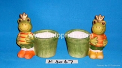 Ceramic king frog with garden pot