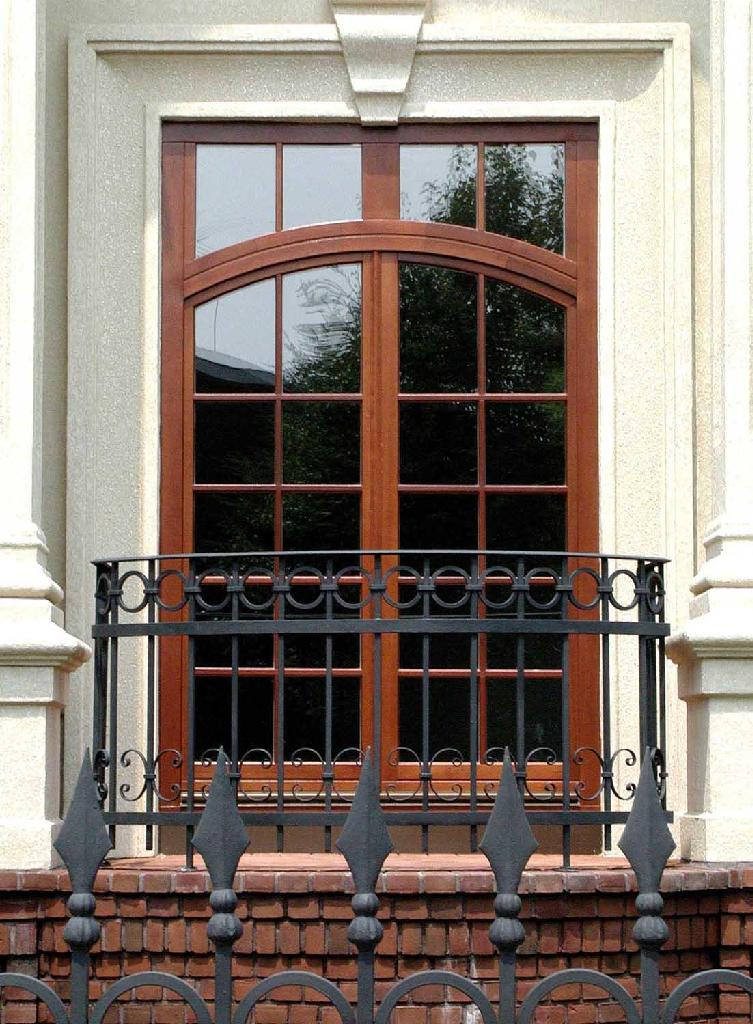 Solid wood windows and doors sicotherm windows and doors for Wood doors and windows design