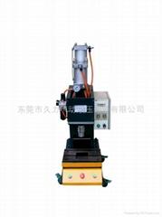 JLYC半弓型台式大吨位气淮增压机