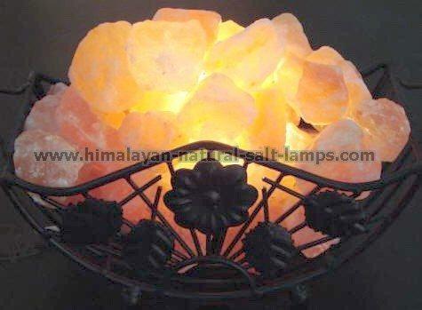 Wrought Iron Salt Lamps with salt Chunks 3