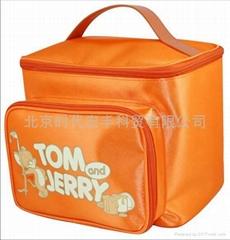 美国华纳品牌包袋