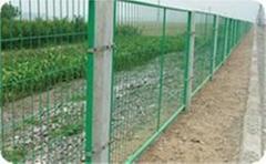 护栏网(体育场护栏,小区护栏,高速公路护栏)