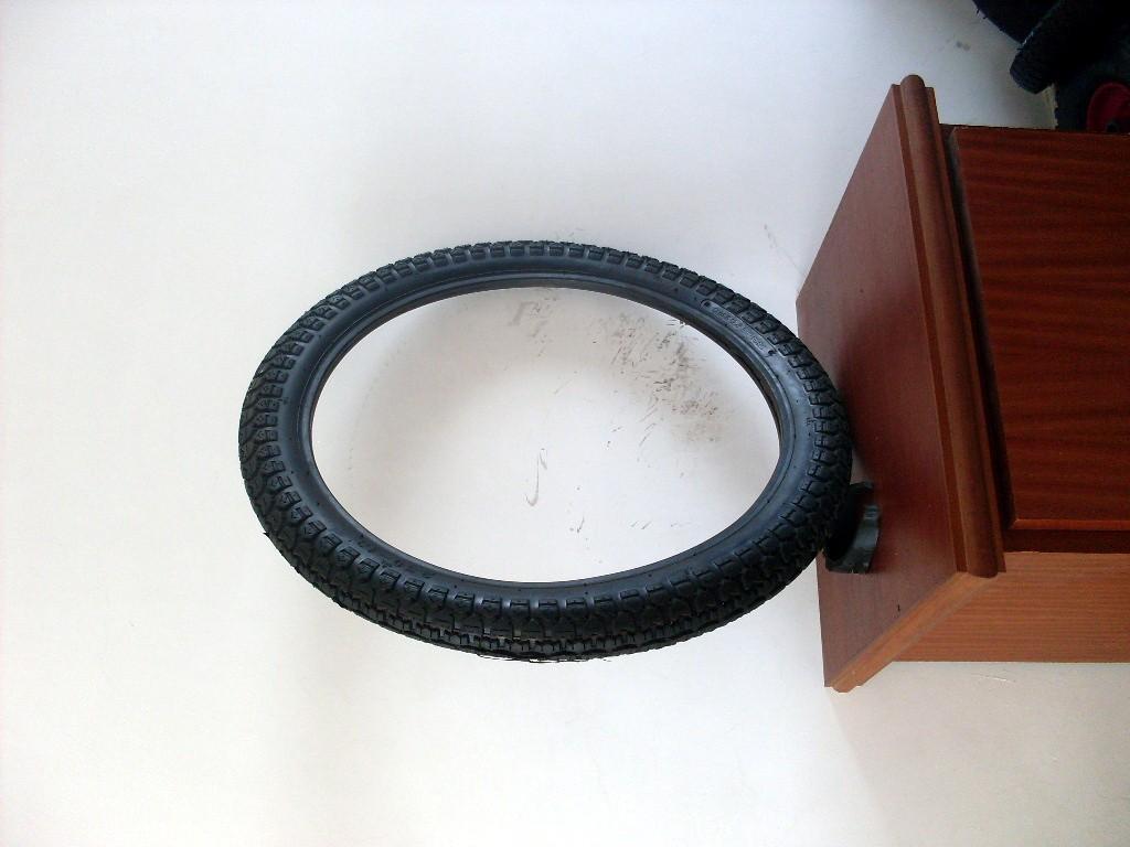 供應摩托車輪胎 1