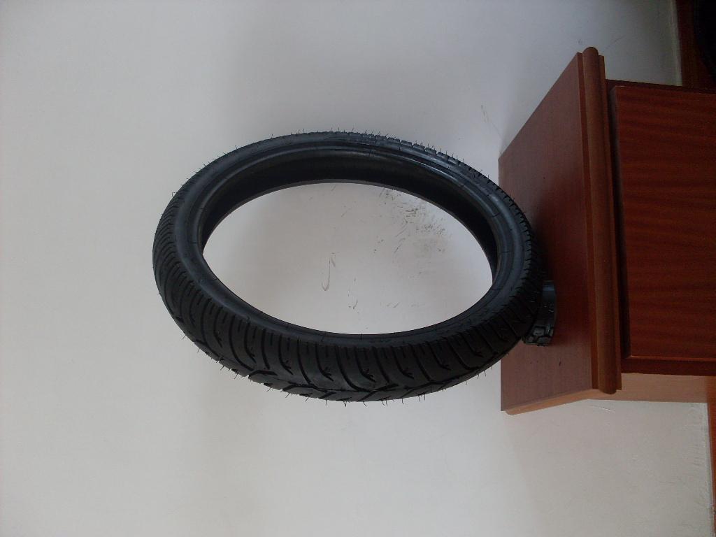 供應摩托車輪胎 3