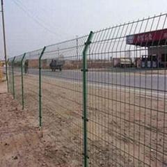 公路護欄隔離網