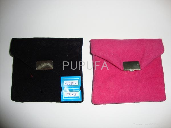 velvet promo bags with metal decoration 1