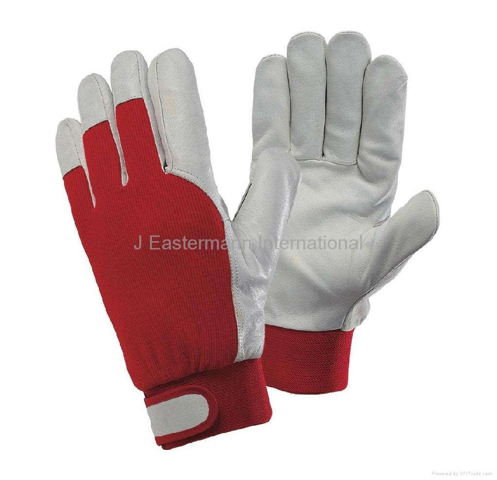 Driving gloves pakistan - Product Image