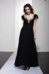 黑色V胸长款晚礼服