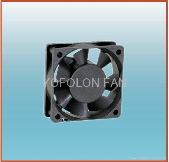 60x60x20mm 12V DC Brushless Fan  1