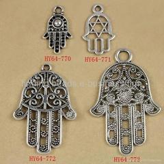 mixed tibetan zinc alloy antiquated silver fatima hamsa hand charm kabbalah char