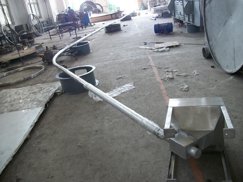 Shaftless flexible screw conveyor machine - Product Catalog