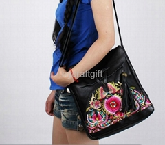 Unique fashion women embroidery Genuine leather handbag