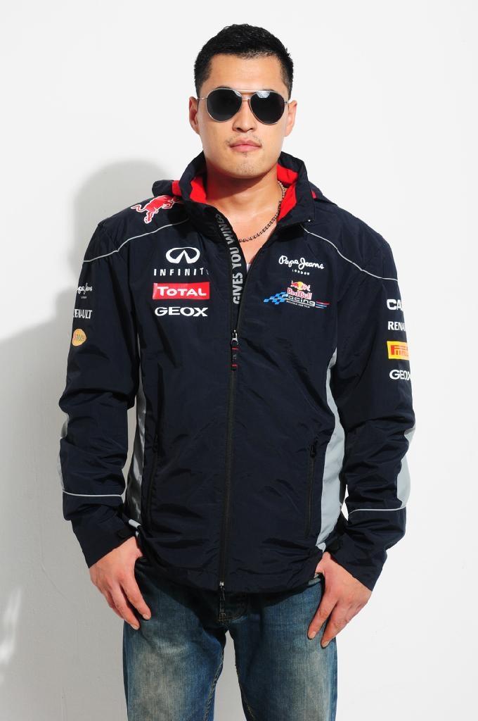 Infiniti Red Bull Racing 2013 Rain Jacket 4