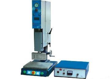 CXP系列超聲波塑料焊接機 1