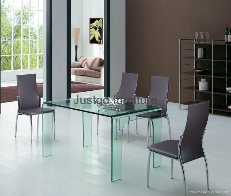 Bent glass dining table 1