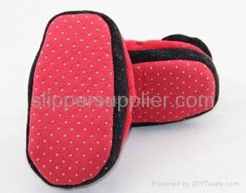 Kids 3D easy velour enclosed back slippers 2