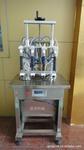 半自動香水灌裝機
