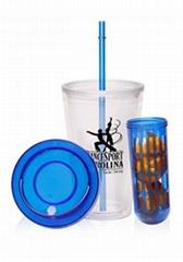 Double wall mug with straw