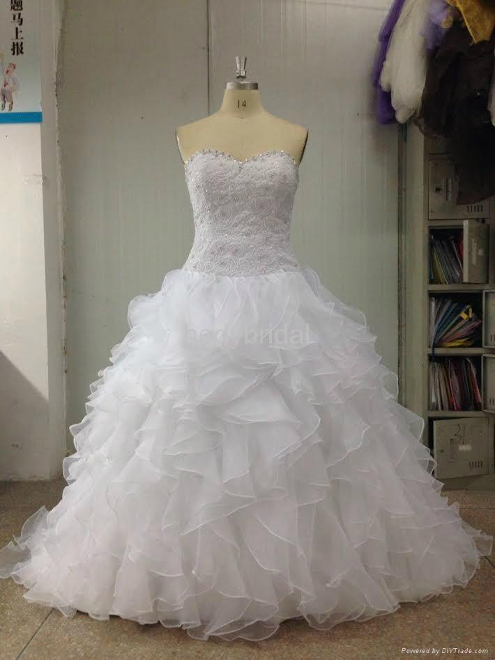 luxury imported wedding dress 3