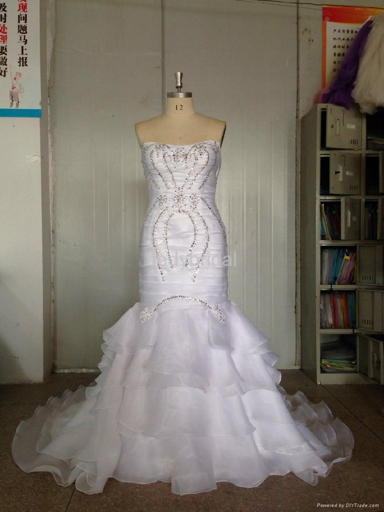 2014 new collections wedding dress ruffles exquisite crystal bead 2