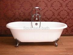 Free standing cast iron bathtub