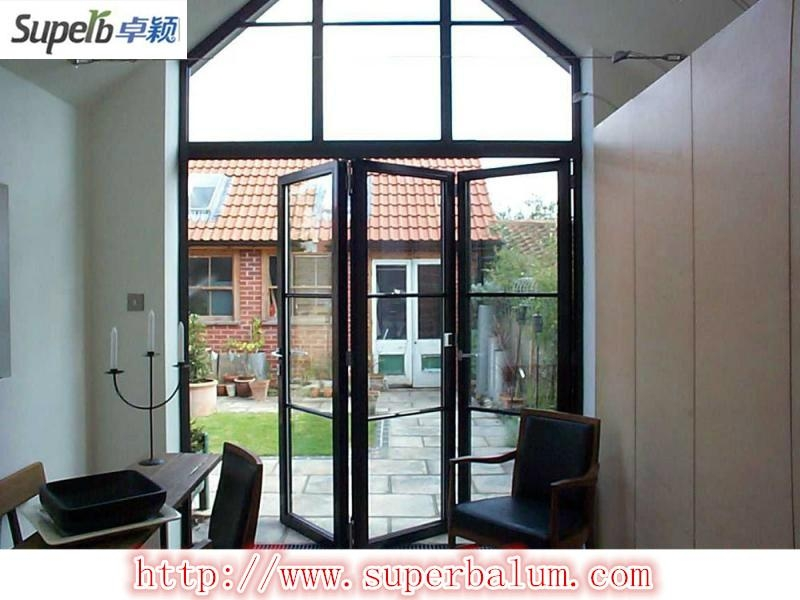 Internal folding doors systems sliding door superb for Decoration fenetre aluminium