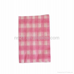 soft feeling disposable nonwoven cup cleaning cloth in roll
