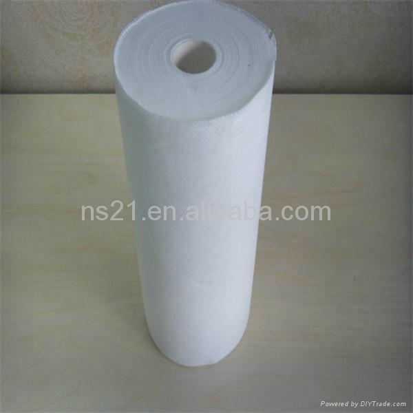 soft feeling disposable nonwoven cup cleaning cloth in roll 3