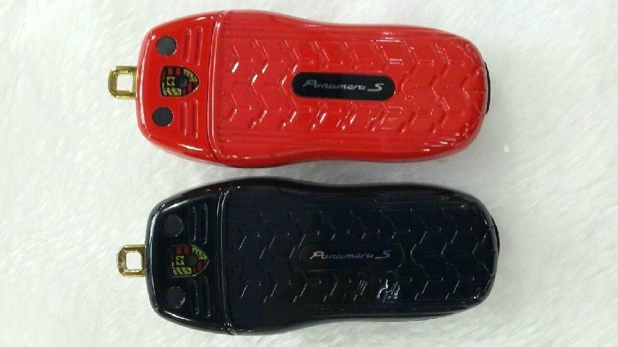 2013 Hot Sale Portable/Mini/Car Key Unlocked Mobile Phone GSM Dual SIM Bluetooth 4