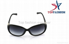 UV400 Womens Fashion Sunglasses , Round