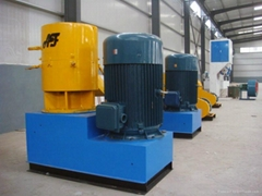 CE approved SKJ550 flat die wood pellet mill