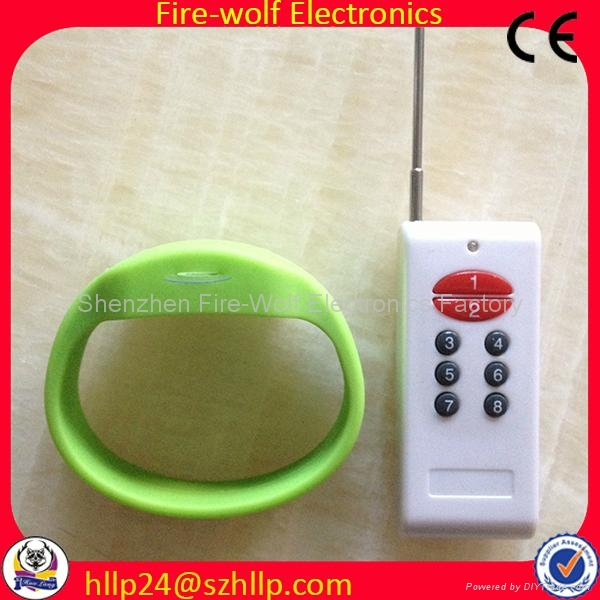 Silicon Radio controlled Led flashing glow  bracelet Manufacturer and Supplier 3