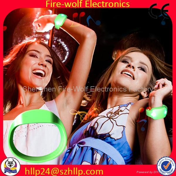 Silicon Radio controlled Led flashing glow  bracelet Manufacturer and Supplier 5