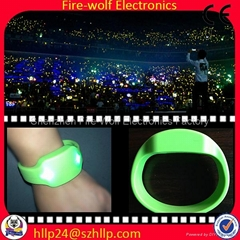 Silicon Radio controlled Led flashing glow  bracelet Manufacturer and Supplier