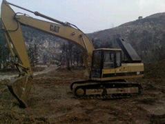 二手卡特200B挖掘機