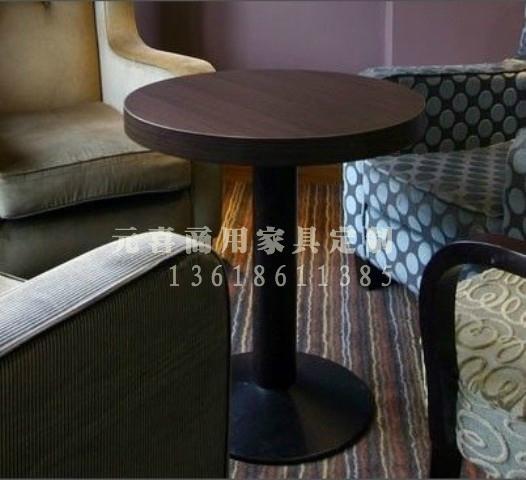 西餐厅餐桌 4