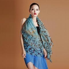 豹纹印花围巾
