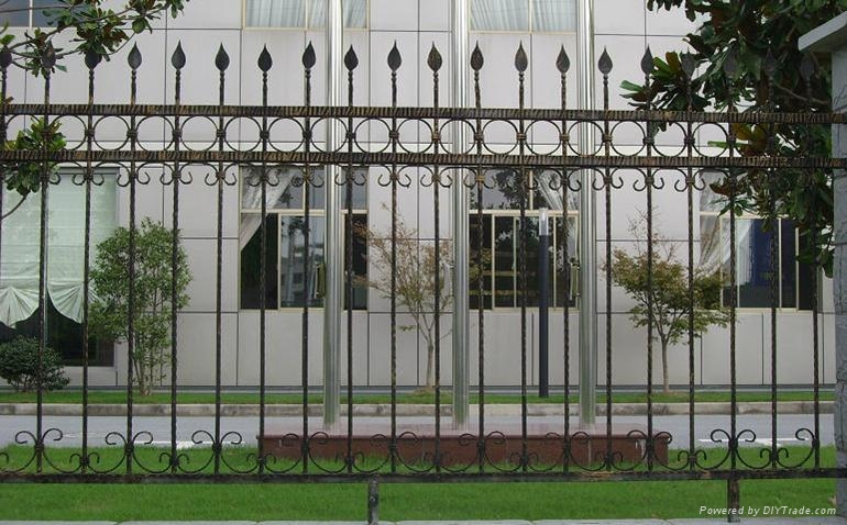 wrought iron fencing&gates  2