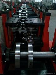 Z型钢成型机