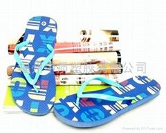 夏季新款PE沙滩拖鞋