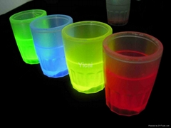 china supplier glow cup glass for party