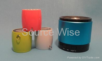 Small Round Bluetooth Speaker 1
