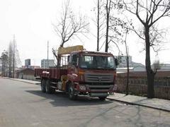 福田牌8-10吨徐工随车起重运输车