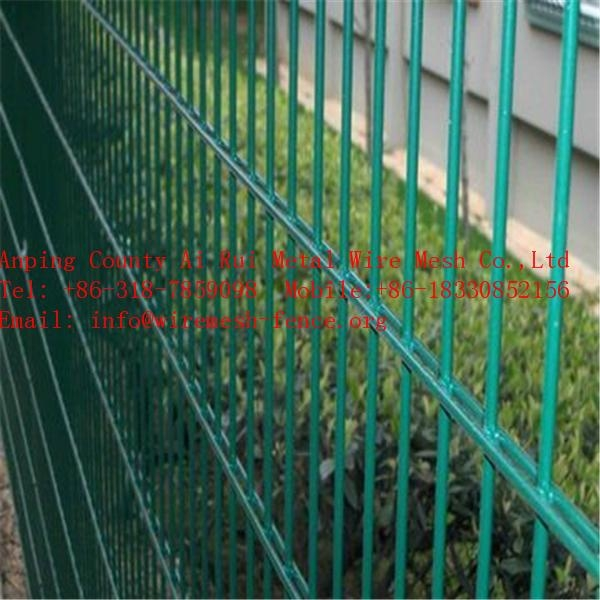 High Visibility Beautiful Wire Mesh Fence For Boundary