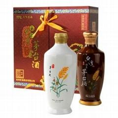 台湾玉山茅台礼盒500毫升进口白酒