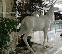 麋鹿動物玻璃鋼雕塑擺件