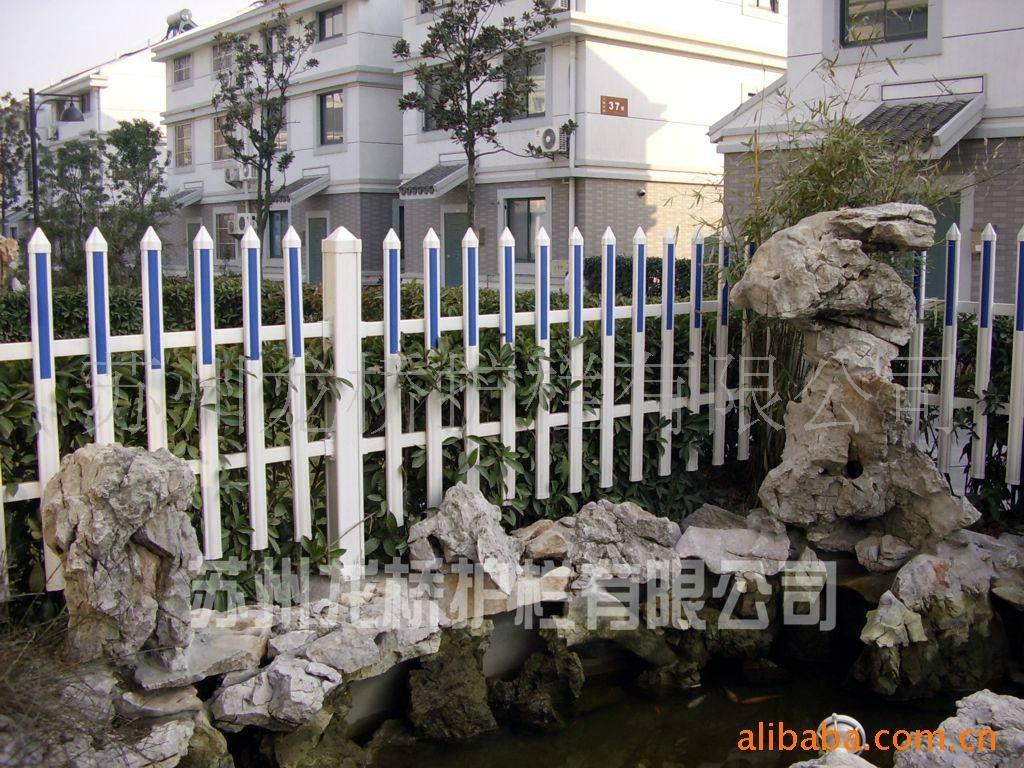 成都体育场PVC栅栏 4