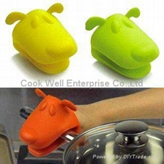 Kitchenware tools animals Silicone oven mit